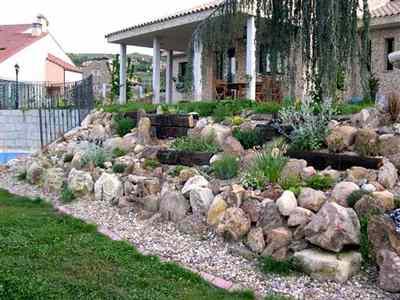 Ideas para construir un jard n de rocas dise o jardin mantemiento jardin paisajismo flor de - Como hacer un jardin en una terraza ...