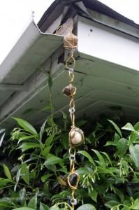 cadenas lluvia piedras1