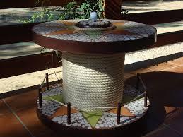 decorar jardin reciclaje