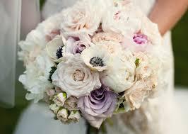 Cuáles son las mejores flores estacionales para ramos o bouquets de novia