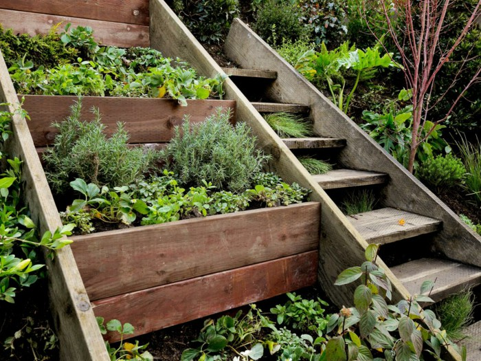 Dise o de jardines escalinatas en terrenos con desniveles for Escalera de bloque de jardin