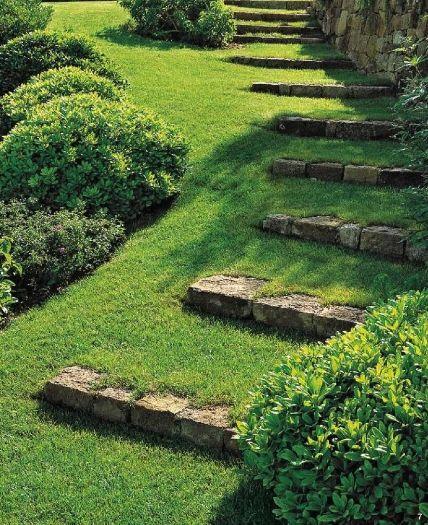 Dise o de jardines escalinatas en terrenos con desniveles for Escaleras para caminar fuera del jardin