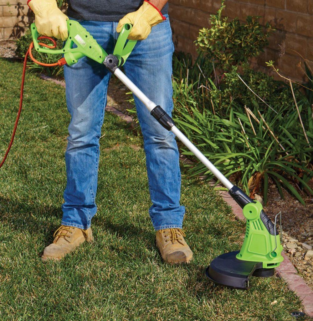 C mo usar podadoras bordeadoras el ctricas en el jard n for Como evitar que salga hierba en el jardin